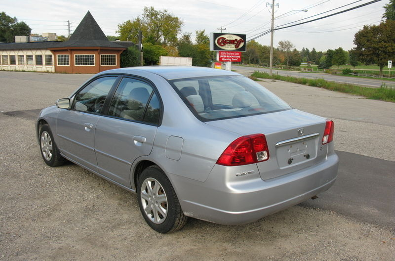 Honda Civic 4 DR Auto! Loaded & MINT! - Used Honda Guelph 2