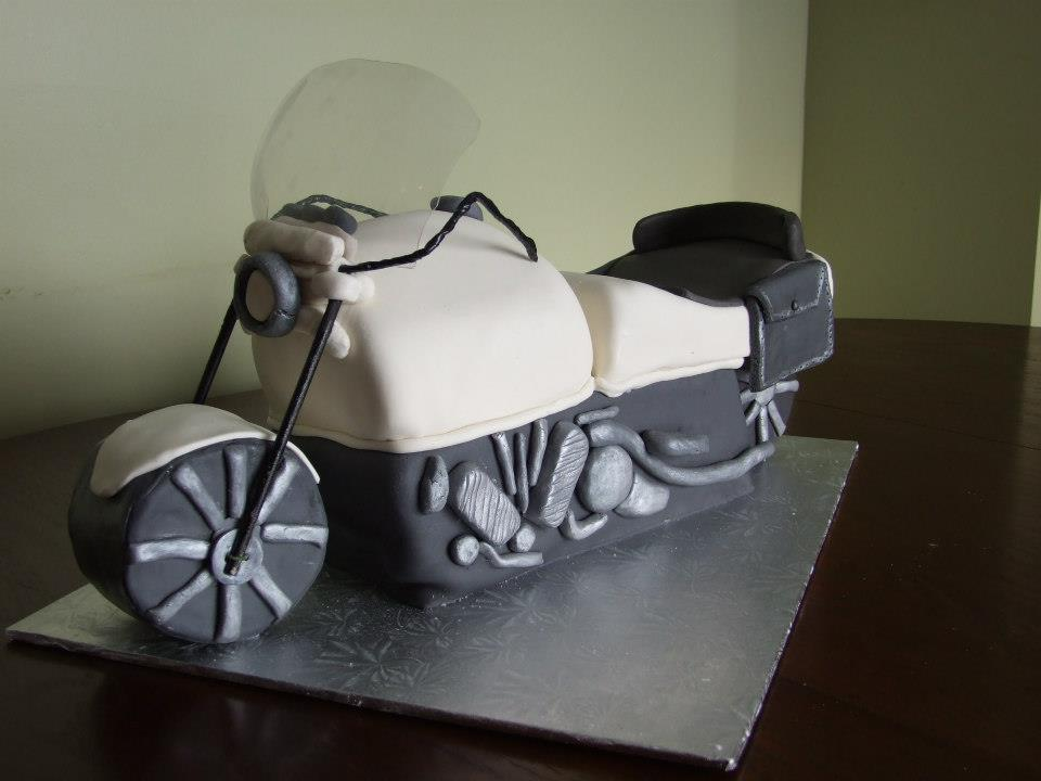 Wedding/Party Cakes - Motorcylce Cake