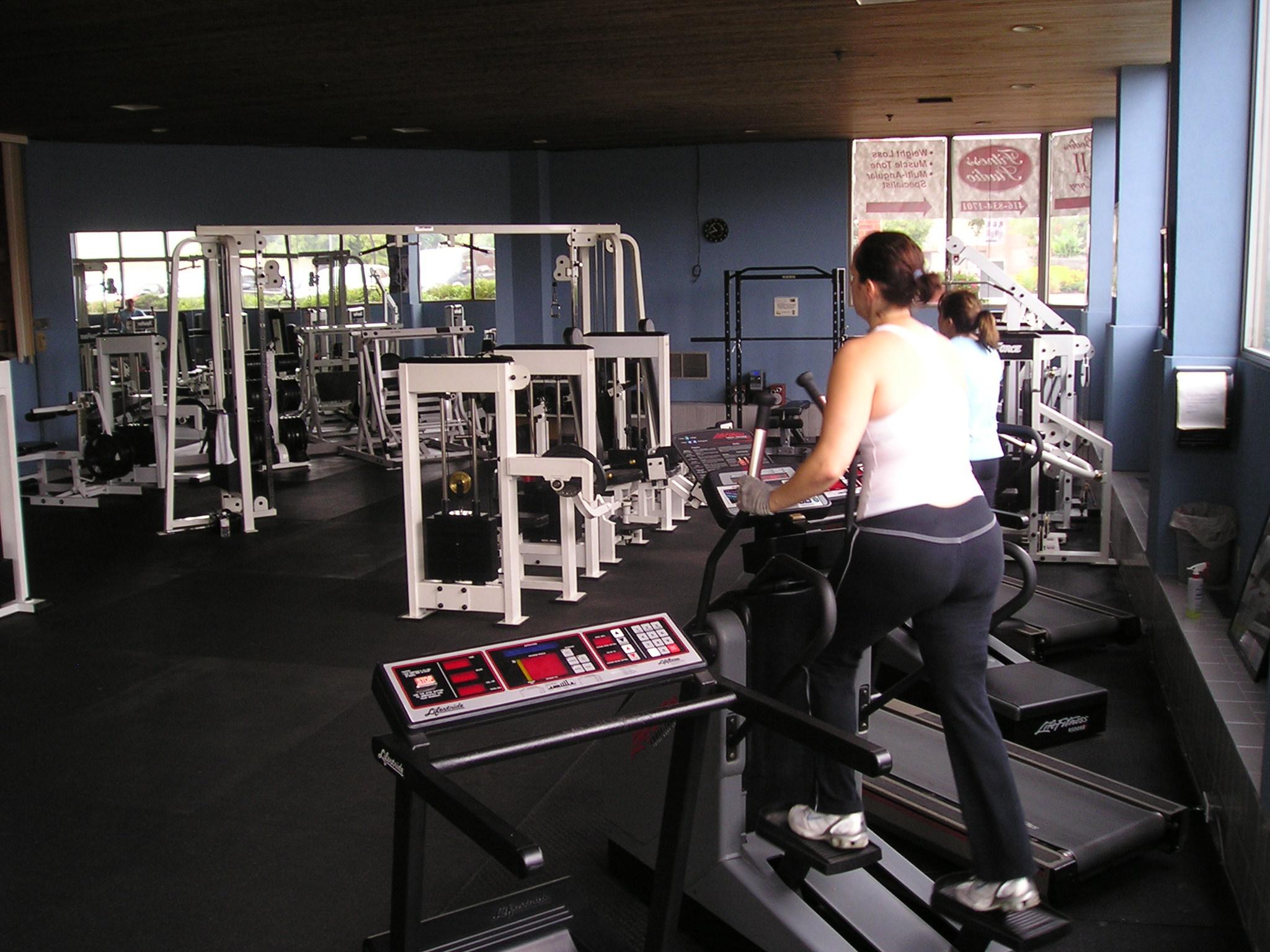 Bodies 2 Envy Fitness Studio - Cardiovascular