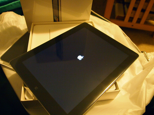 FOR SELL UNLOCKED APPLE IPHONE 4S 64GB AT $500/APPLE IPAD 2 3G WI FI 64GB AT $450 - Apple Ipad 2 64gb