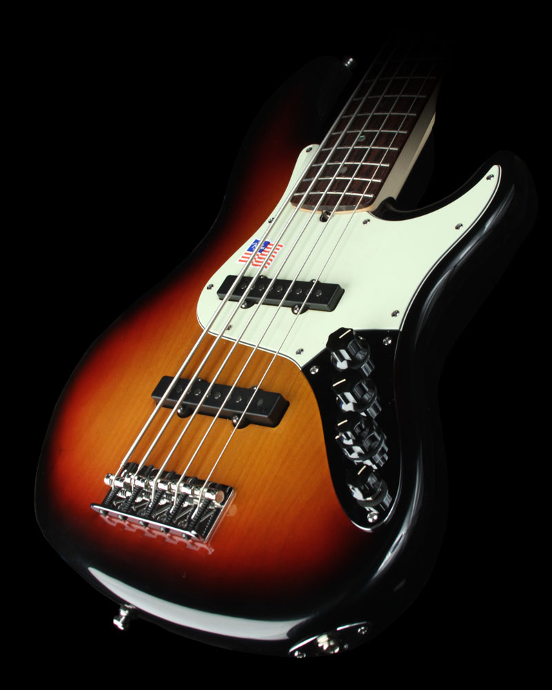 Yamaha Tyros 4,Korg Pa3X Professional Arranger Workstation,Fender American Guitar - American Deluxe Jazz Bass V 3 Tone Sunburst