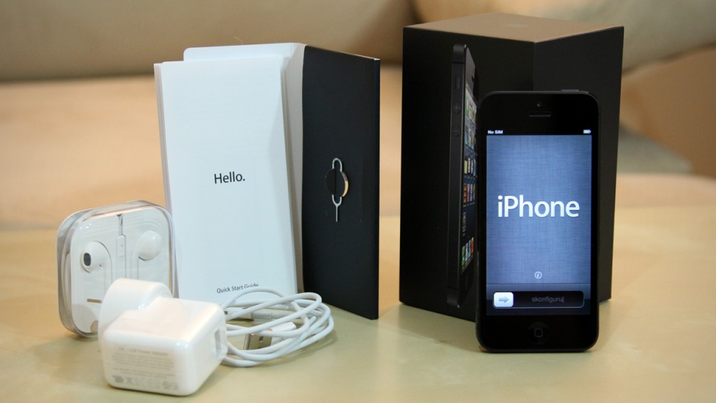 Selling New Apple IPhone 5 16GB,32GB And 64GB - Aa