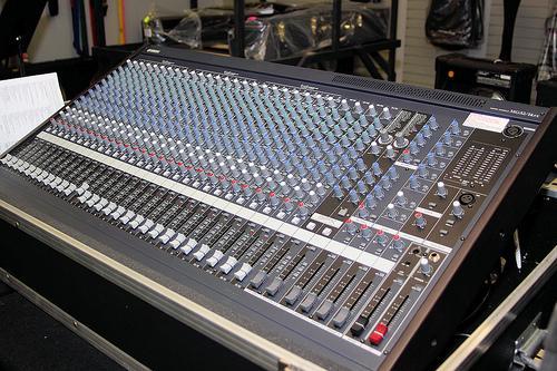 Original :Numark NS7 DJ Turntabel Controller,Pioneer CDJ 1000 MK3 - Keybo