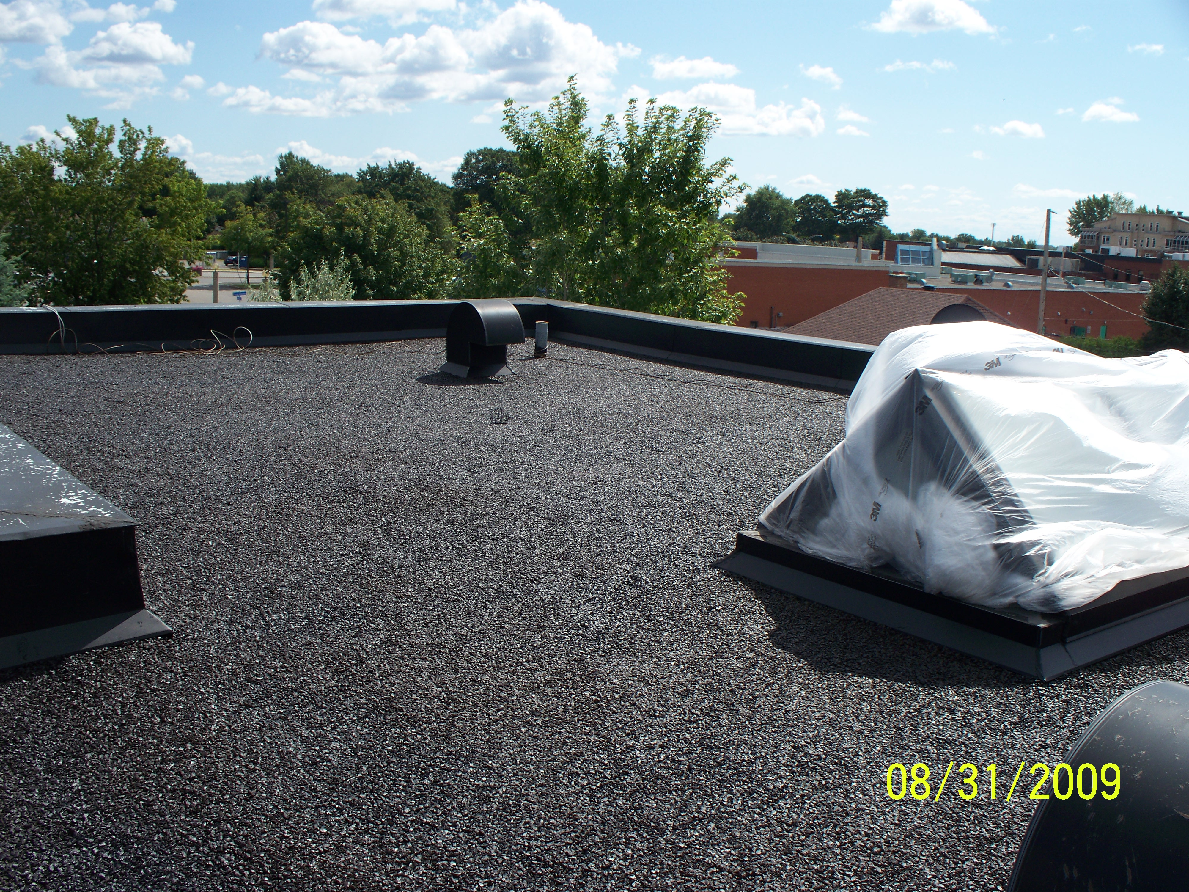 Liquid Rubber Roof Coatings/Commercial Grade - Mario Cinelli Hoouse Montreal Sptember 2009 19