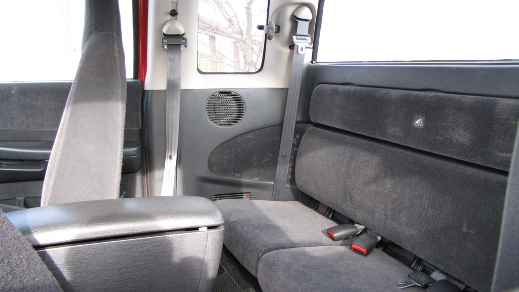 Dodge Dakota, Club Cab, 4x4 - Back Seat