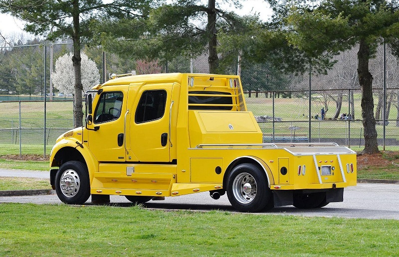 Freightliner Sport Chassis RHA114 -