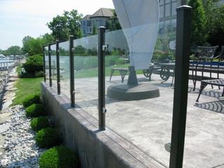 Elegant Aluminum Canada Fencing & Railing - Glass Fence
