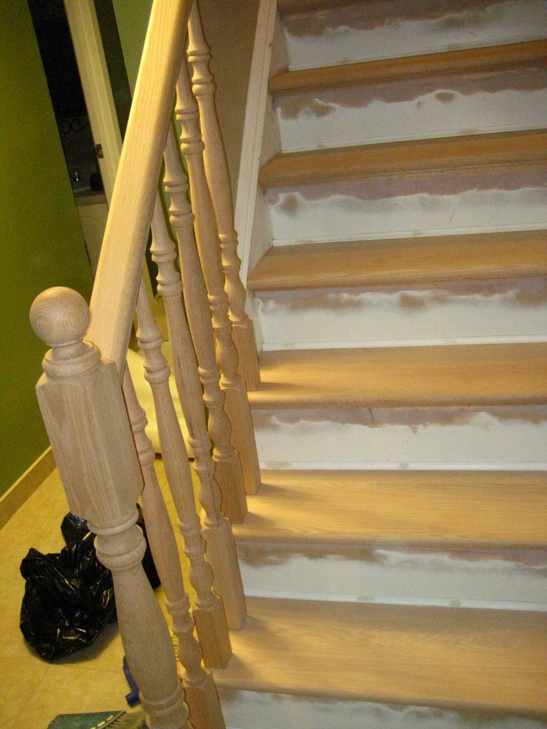 Wood Working Services, Custom Designed Stairs And Installation, Staircase Capping & Restoration - Img 7255