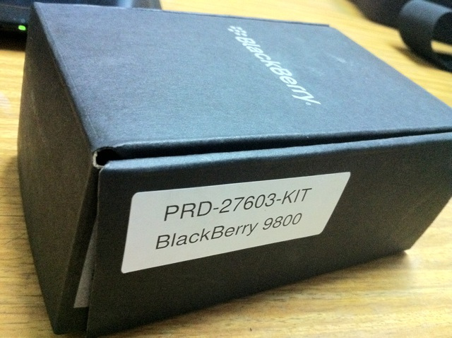 Apple IPhone 4G HD 32GB Unlocked / Blackberry Torch 9800 Unlocked - Blackberry Torch 9800