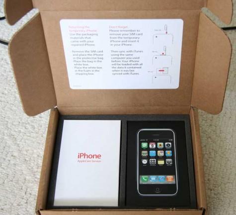 Apple IPhone 4G HD 32GB Unlocked / Blackberry Torch 9800 Unlocked - New 4g